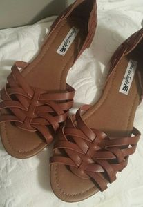 Womens size 9 brown sandals